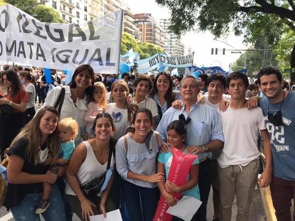 Familias en la Marcha por la Vida 2021